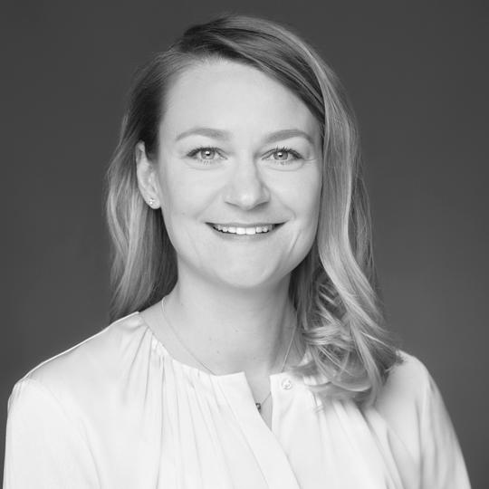 LauraSchunck2 - ZÄ Laura Schunck